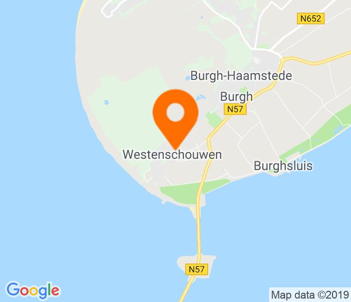 Google Map of 51.678095,3.714847