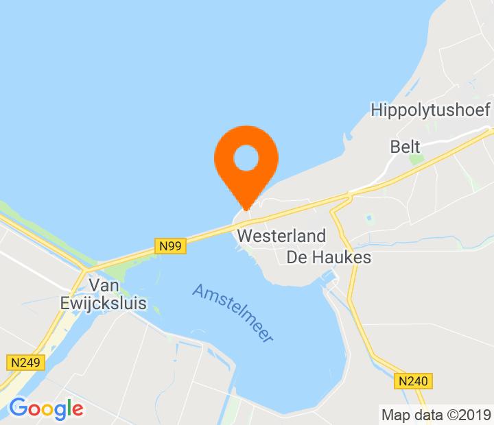 Google Map of 52.895068,4.911855