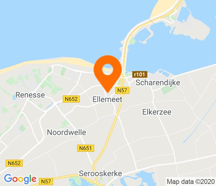 Google Map of 51.731813,3.816064