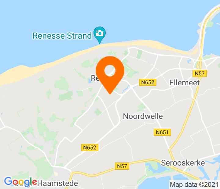 Google Map of 51.725476,3.773937